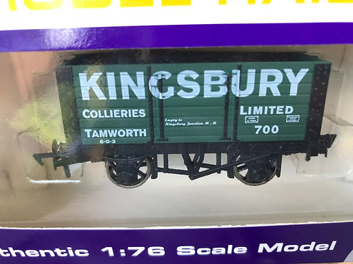 B832 - 7 PLANK WAGON KINGSBURY - TAMWORTH