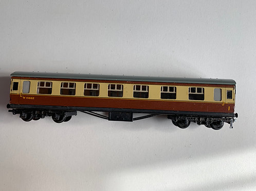 32094 D21 CORRIDOR COACH 1ST / 2ND WESTERN REGION W15862 - UNBOXED 2 or 3 RAIL