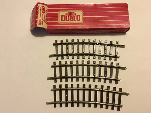 2740 3 x CURVED HALF ISOLATING RAILS BOXED