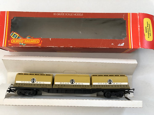 R.633 CONTAINER WAGON WITH 3 x ROAD RAIL CONTAINERS