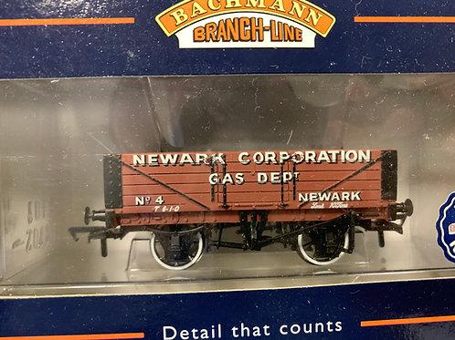 37-050 5 PLANK WAGON WOODEN FLOOR NEWARK CORP GAS
