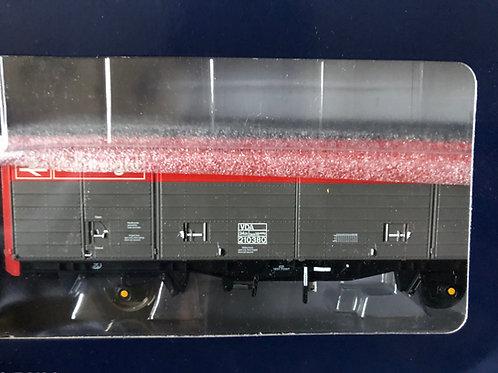 38-140 29 TON SLIDING DOOR BOX VAN VDA RAILFREIGHT RED/GREY