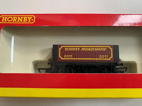 R.6531 6 PLANK WAGON HORNBY ROADSHOW 2011