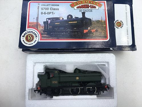 31-901A 57XX GWR SHIRTBUTTON 8700 TANK LOCOMOTIVE