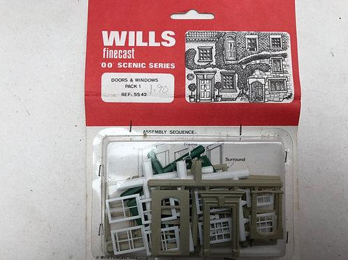 WILLS FINECAST - SS 42 DOORS & WINDOWS PACK 1