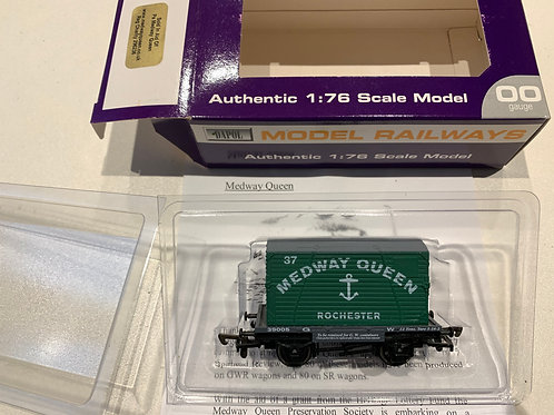 MEDWAY QUEEN GWR CONFLAT WAGON WITH LOAD - LIMITED EDITION