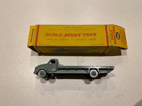 DINKY DUBLO 066 BEDFORD FLAT TRUCK - BOXED