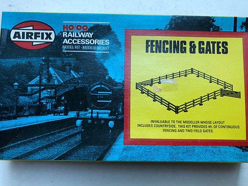03613-9 FENCING & GATES