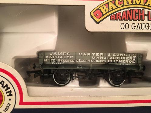 33-451 3 PLANK WAGON 'JAMES CARTER & SON LTD'