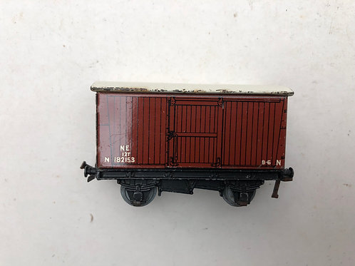 32040 12T GOODS VAN NE 182153 WHITE ROOF