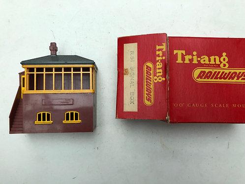 R.61 SIGNAL BOX - BOXED