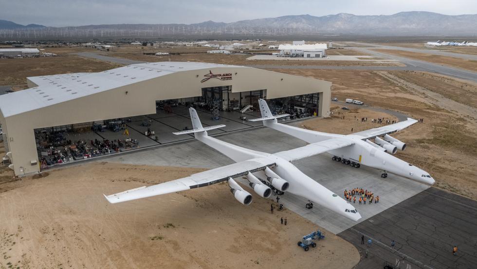 Stratolaunch Hangar; Mojave, CA