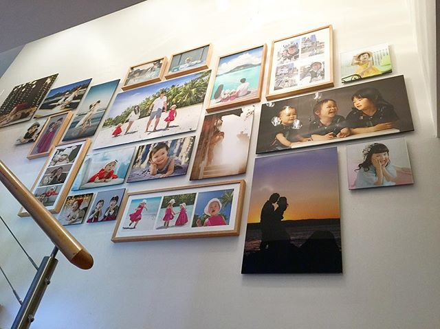 Family photo wall with the help of _fledermausphoto _melbournearthanging _beaumontmajor  #clusterwal