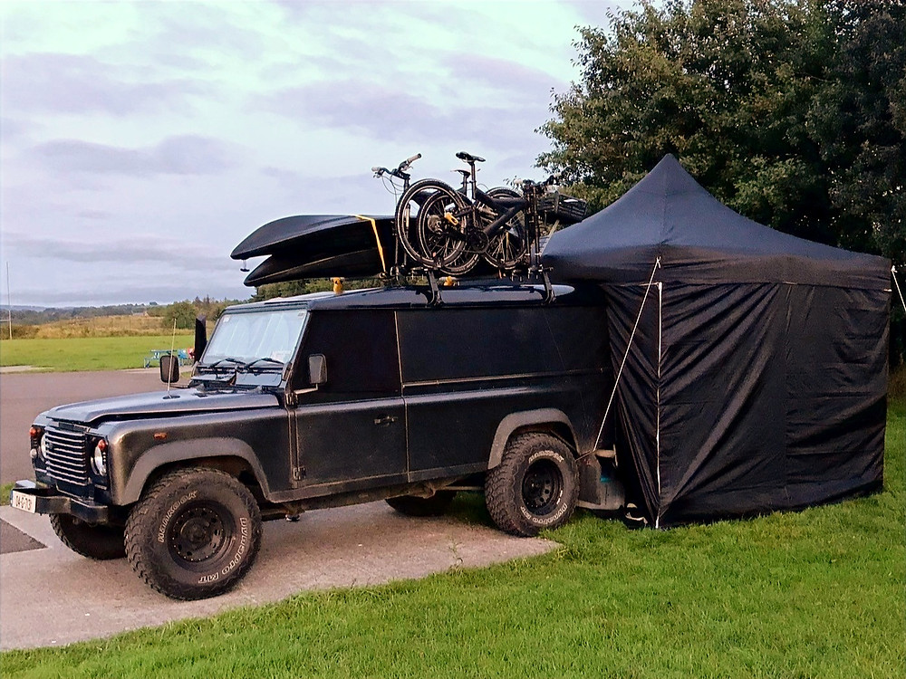 Coopers Travels - Dogfatherz Defender Accommodation