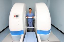 Standing hip scan in FADIR position