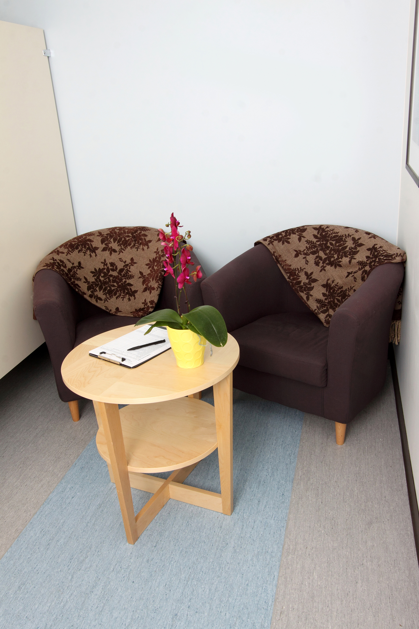 Waiting room at the Upright Open MRI