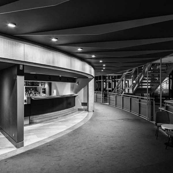 Illuminated concourse