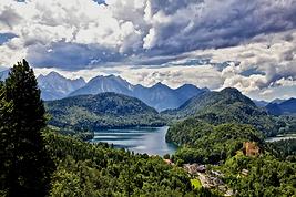 Нойшванштайн, Альпы, Баварские замки