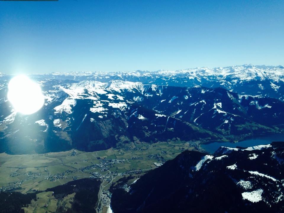 Полет над Альпами на самолете