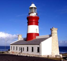 Cape_L'Agulhas_Lighthouse.jpg