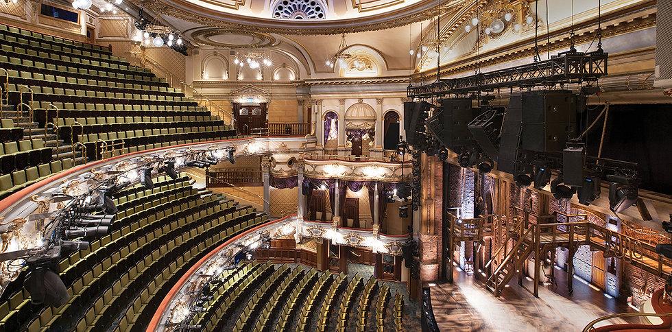 victoria-palace-theatre-01.jpg