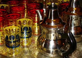 Cérémonie de thé marocain à la RTS