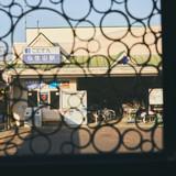 窓からはことでん仏生山駅が一望のもとに