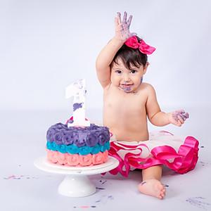 Smash the Cake Anahi