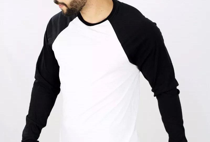 Camiseta Raglan Básica Manga Longa Barra Reta 100% Algodão Preto no Branco
