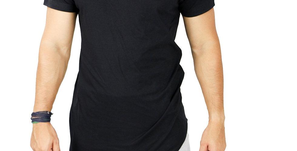 Camiseta Oversized Longline Manga Curta Barra Lateral Preta