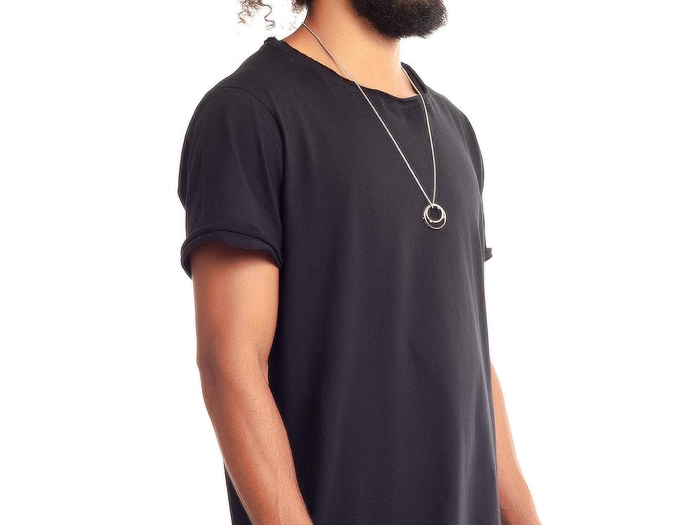 Camiseta Oversized Longline Gola Canoa Barra Afundada