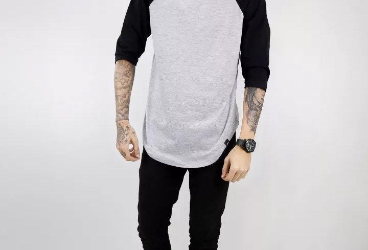 Camiseta Longline Oversized Raglan 3/4 Básica 100% Algodão Preto no Cinza Mescla