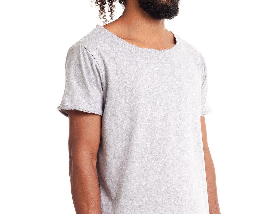 Camiseta Oversized Longline Gola Canoa Barra Afundada Cinza Mescla Claro