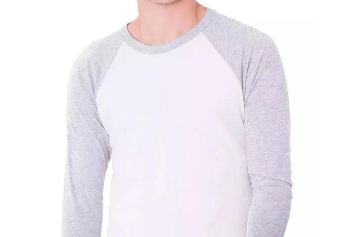 Camiseta Raglan 3/4 Básica 100% Algodão Barra Reta Cinza no Branco