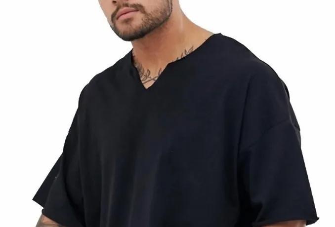 Camisa Basica Lisa Gola V Funda 100% Algodão Oversized Preta