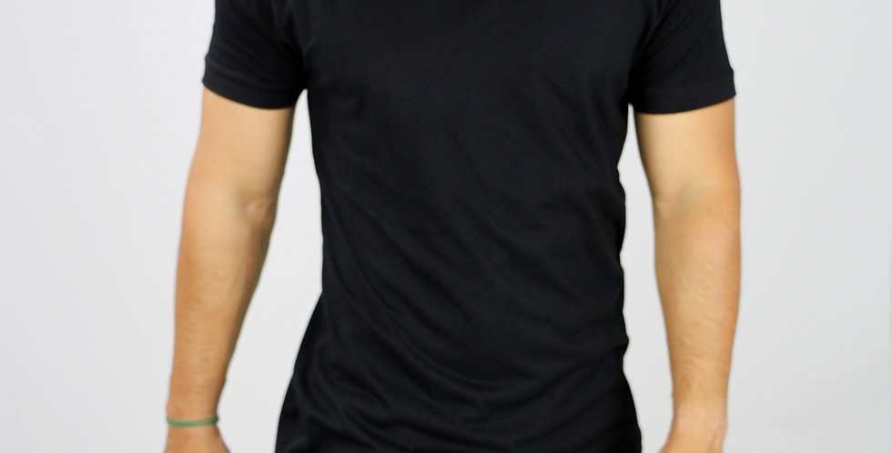 Camiseta Oversized Longline Gola V Barra V Preta