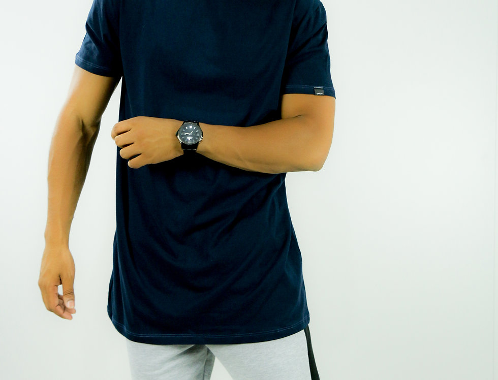 Camiseta Oversized Longline Gola Canoa Reta Simples Azul Marinho