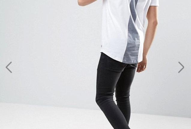 Camisa Corte Posterior Cinza no Branco