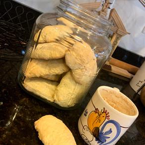 Pastarell' Rusetan (Italian Milk Cookies)