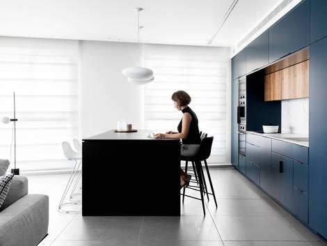 Deep blue kitchen