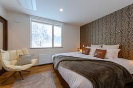 SnowDog Village masterbedroom with ski mountain views