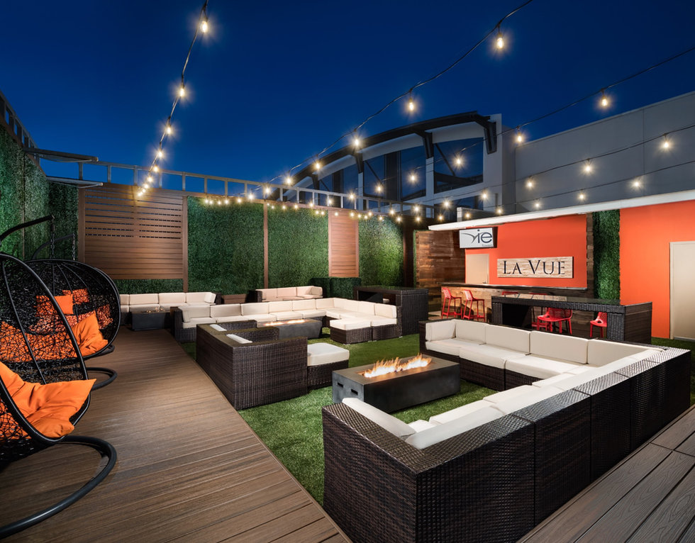 Rooftop-Lounge_AV_190416_4161168-RT_edit