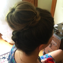 Fun upside down braided bridesmaid bun from today! ✌️#vegas_nay #hudabeauty #GhalichiGlam #brian_cha