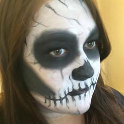 Skeleton makeup! 💀 _nyxcosmetics Matte Black Liquid Liner & White Liquid Liner 😍 #anastasiabeverly