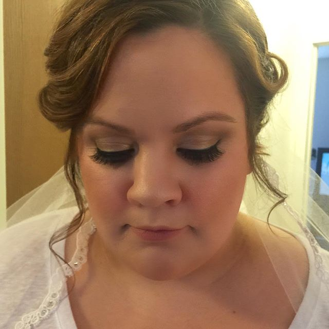 Bride from last weekend! 😍 _dinairofficial Airbrush _anastasiabeverlyhills Concealer to highlight _