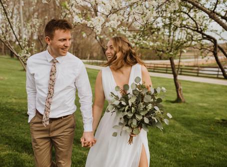 Sara + Caleb's Simple Intimate Wedding