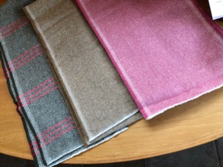 100$ Wool Woven Scarves