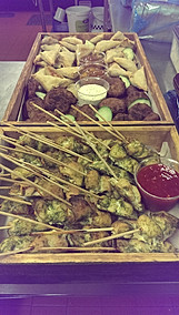 fresh chicken kebabs, onion bhajis & vegetable samosas