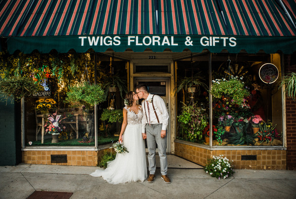 bride and groom flower shop