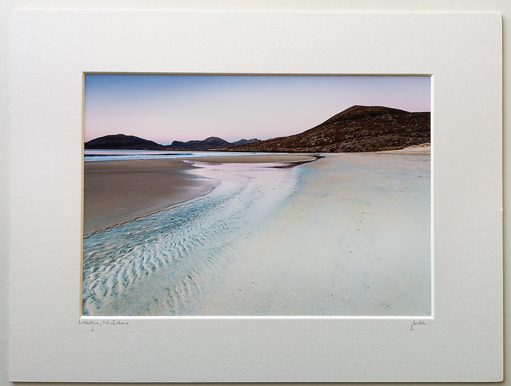 'Luskentyre Harris' Small. Jan Holm